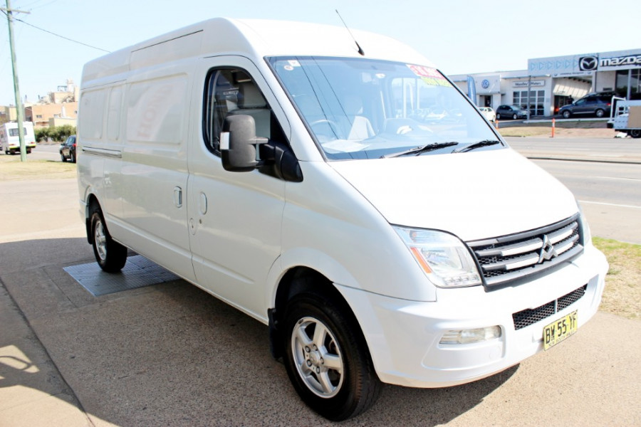 2012 LDV V80 SH-57-A Cargo Van
