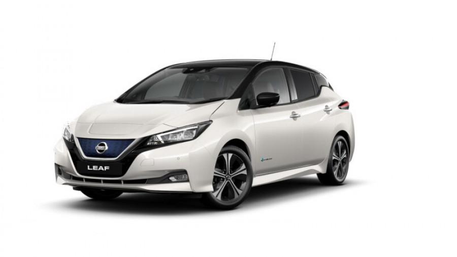 2020 Nissan LEAF ZE1 LEAF Hatchback Image 1