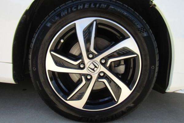 2015 MY16 Honda Odyssey 5th Gen VTi-L Wagon Image 2