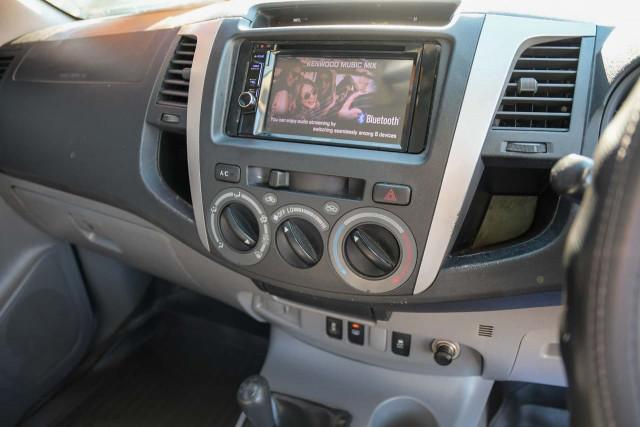 2011 Toyota HiLux KUN26R MY10 SR5 Utility Image 13