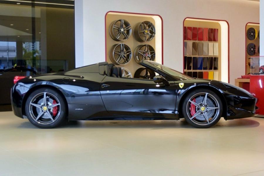 2012 Ferrari 458 Spider F142 F142 Convertible Mobile Image 3