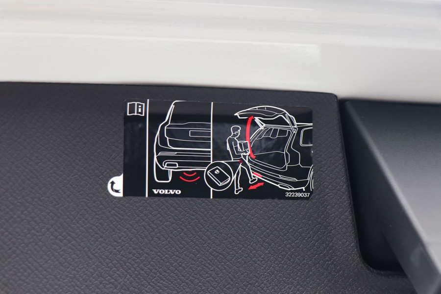 2019 Volvo XC90 L Series D5 Momentum Suv Mobile Image 22