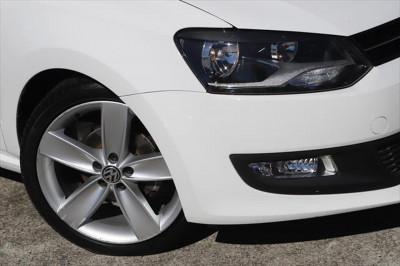 2013 Volkswagen Polo 6R MY14 77TSI Comfortline Hatchback Image 2