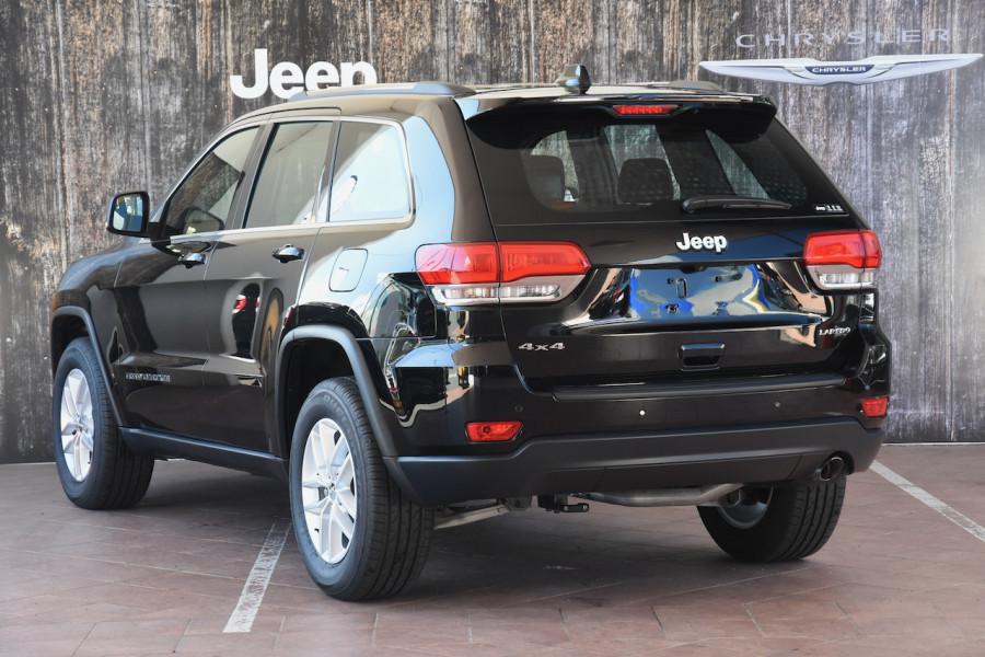 2018 Jeep Grand Cherokee WK Laredo 4x4 Suv Image 3
