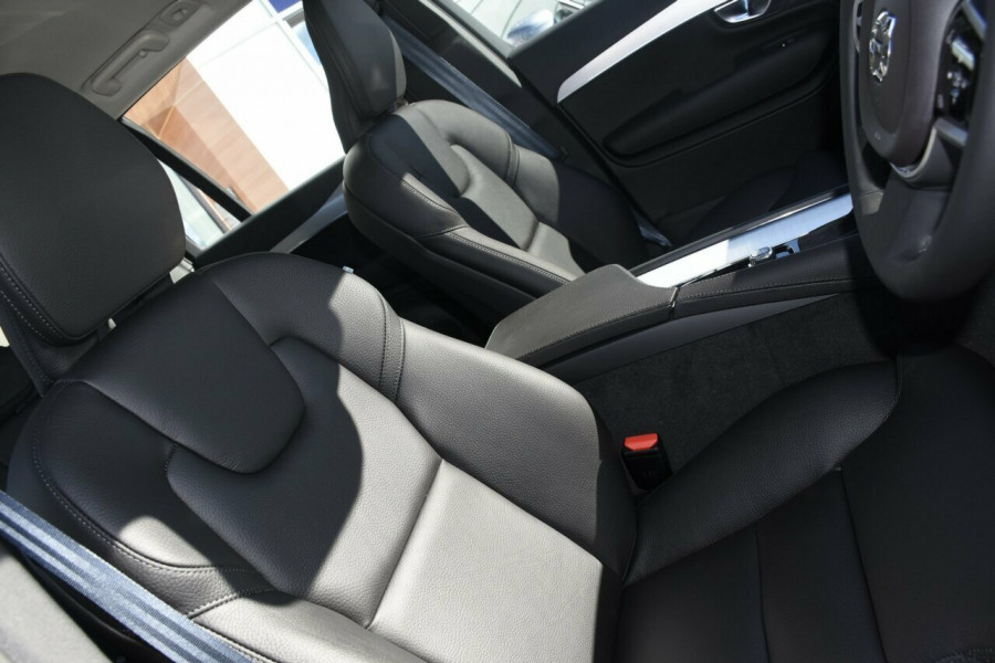 2018 MY19 Volvo XC90 L Series T6 Momentum Suv Mobile Image 10