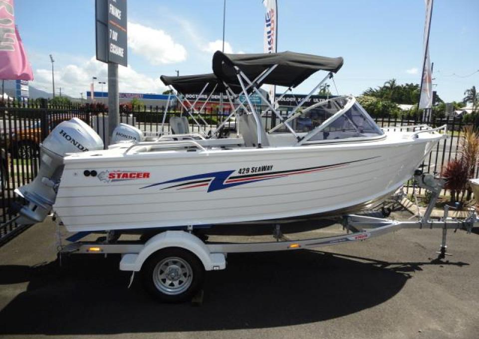 0000 Stacer Stacer Stacer 429 Seaway Hull, Boat