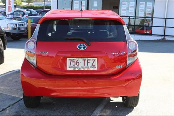 2013 Toyota Prius C NHP10R Hatchback Image 3