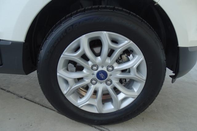 2016 Ford EcoSport Titanium 9 of 23