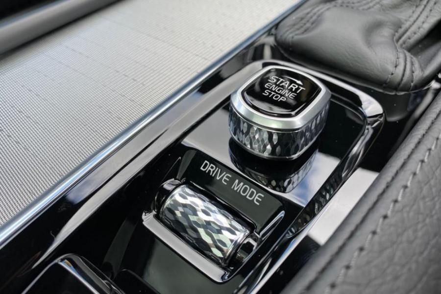 2020 Volvo V90 Cross Country D5