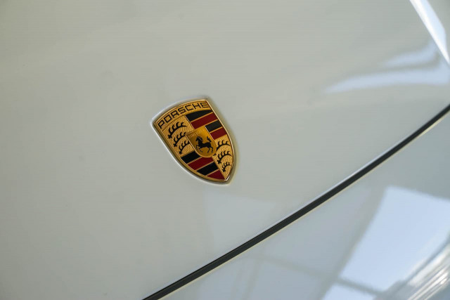 2018 Porsche Cayenne 9YA MY19 Turbo Suv Image 19