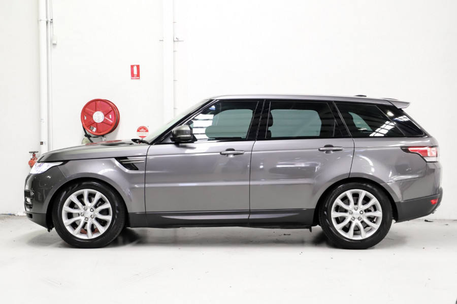 2016 Land Rover Range Rover Spo SE