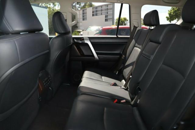 2015 Toyota Landcruiser Prado GDJ150R VX Suv Image 14