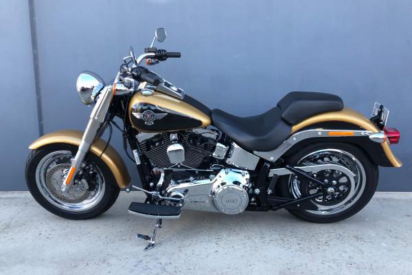 2017 Harley Davidson Fatboy FLSTE 103 Motorcycle Image 2