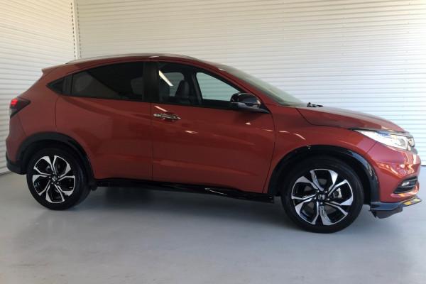 2020 Honda HR-V RS Suv Image 2