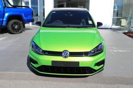 2020 Volkswagen Golf 7.5 R Final Edition Hatchback Image 3
