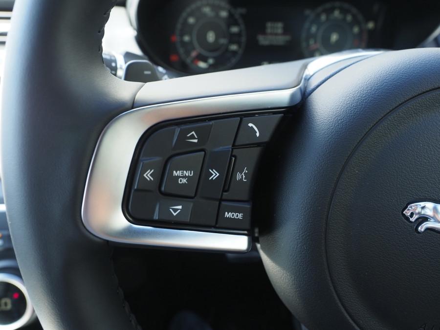 2019 MY20 Jaguar E-PACE Suv Image 17
