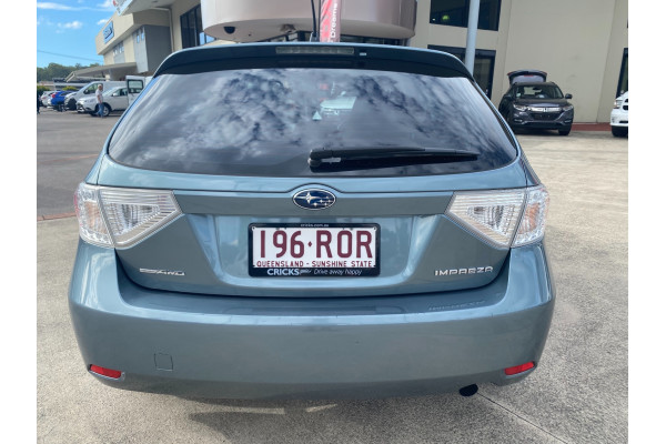 2011 Subaru Impreza G3  R Special Ed Hatchback Image 4