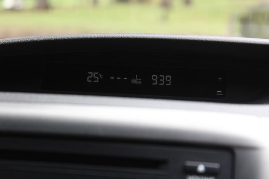 2011 Subaru Impreza G3  R Special Ed Hatchback Image 21
