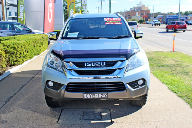 2015 Isuzu Ute MU-X LS-T Wagon Image 3