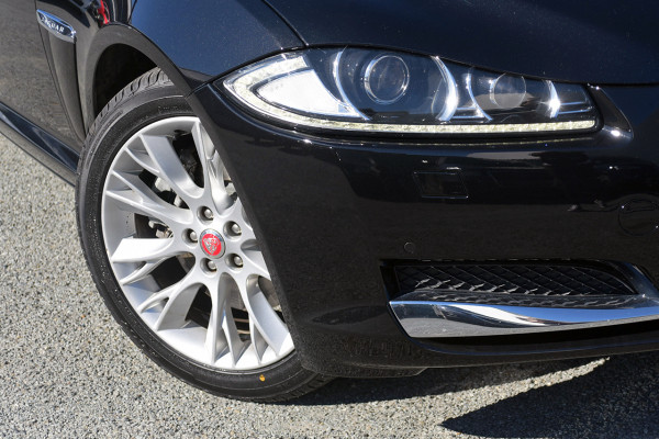 2013 Jaguar Xf X250 MY13 Luxury Sedan Image 2