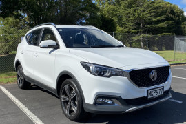 MG ZS Essence 1.0T