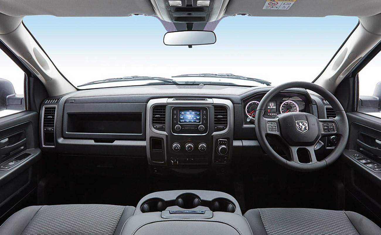 1500 Express V8 Hemi Quad Cab 5-SEATER QUAD CAB