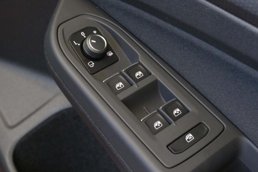 2021 Volkswagen Golf 8 GTI Hatchback Image 13