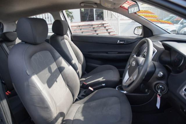 2012 Hyundai I20 PB MY12 Active Hatchback Image 8