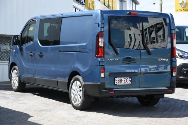 2019 MY20 Renault Trafic L2H1 Long Wheelbase Crew Lifestyle Van Image 3