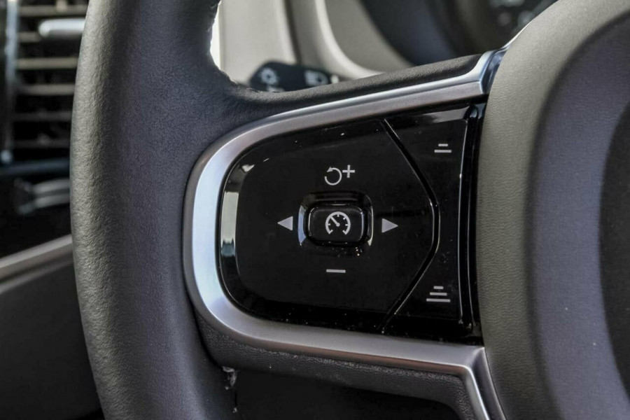 2018 MY19 Volvo XC90 L Series D5 Inscription Suv Mobile Image 14