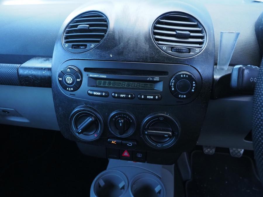 2005 Volkswagen Beetle 9C MY2005 Coupe Image 11