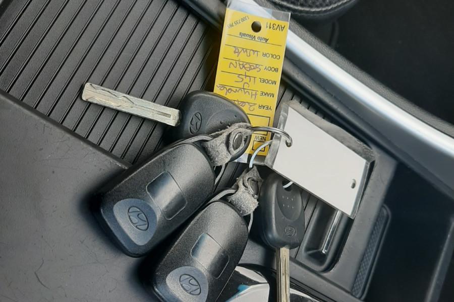 2011 Hyundai I45 YF  Active Sedan