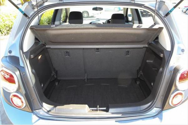 2013 Holden Barina TM MY13 CD Hatchback Image 5