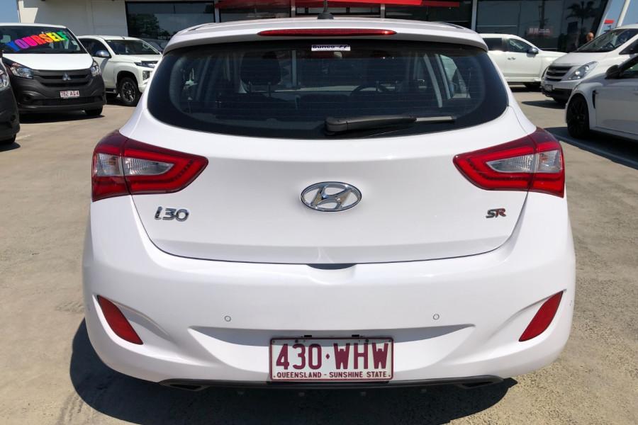 2015 MY16 Hyundai I30 GD3 Series II  SR Hatchback Image 6
