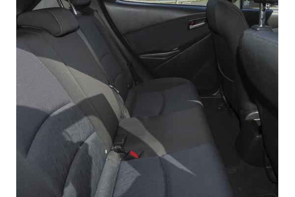 2016 Mazda 2 DJ Series Maxx Hatchback Image 2