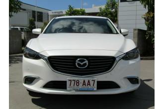 2017 Mazda 6 GL1031 Touring SKYACTIV-Drive Sedan Image 2