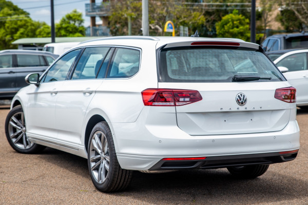 2020 Volkswagen Passat B8 140TSI Business Wagon Image 2