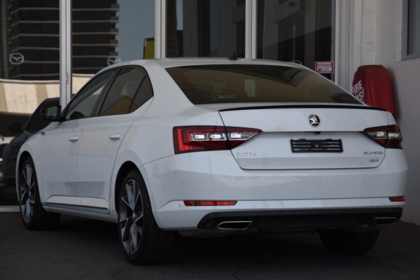 2018 MY18.5 Skoda Superb NP MY18.5 206TSI Sedan Image 3