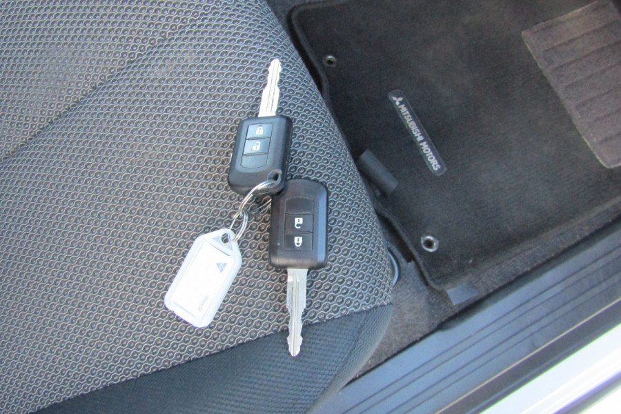 2019 MY20 Mitsubishi Triton MR GLS Double Cab Pick Up 4WD Dual cab Image 18