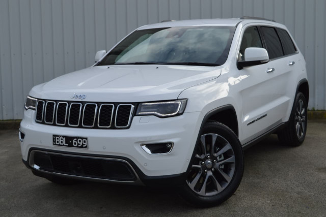2018 Jeep Grand Cherokee Limited 22 of 28