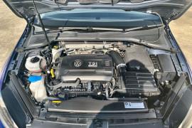 2015 MY16 Volkswagen Golf VII MY16 R Hatch Image 3
