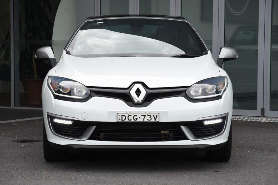 2015 Renault Megane III E95 Phase 2 GT-Line Convertible Image 2