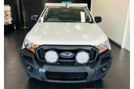 2018 Ford Ranger Cab chassis Image 2