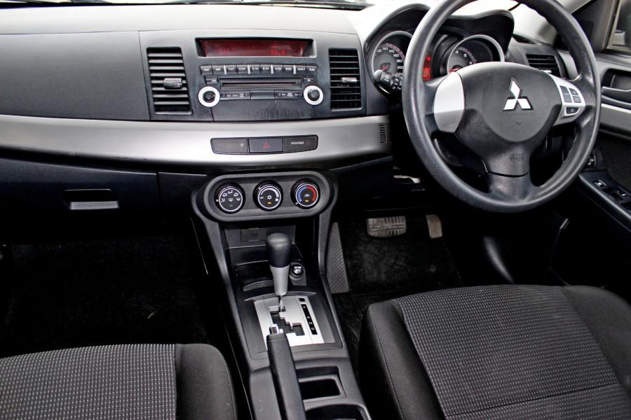 2008 MY09 Mitsubishi Lancer ES Hatchback Image 12