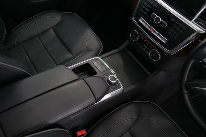 2013 Mercedes-Benz M-class W166 ML350 BlueTEC Wagon Image 7