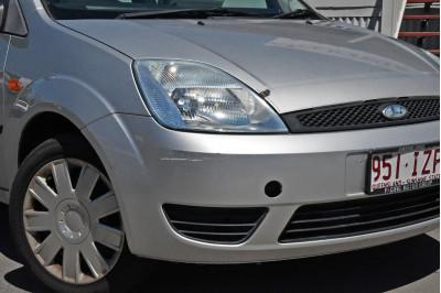 2005 Ford Fiesta WP LX Hatchback Image 2