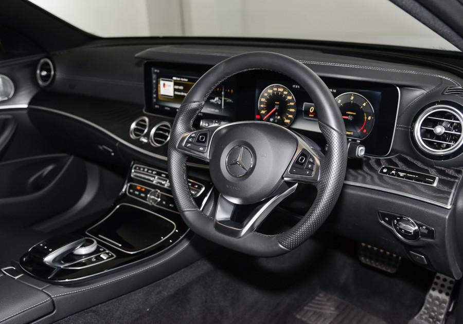 2016 Mercedes-Benz E220 2016 MERCEDES-BENZ E220 d AUTO 4D Sedan