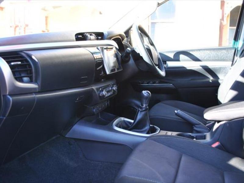 2017 Toyota HiLux GUN126R SR5 Utility - dual cab
