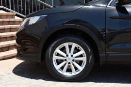 2015 Nissan QASHQAI J11 ST Suv Image 5