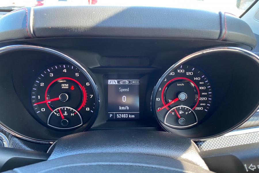 2016 Holden Commodore VF II  SV6 Black Utility Image 15